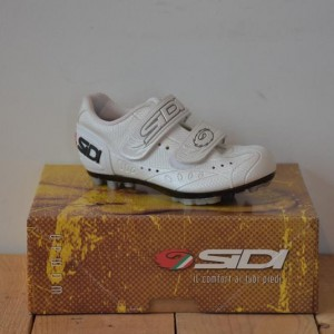 Sidi Indoor White